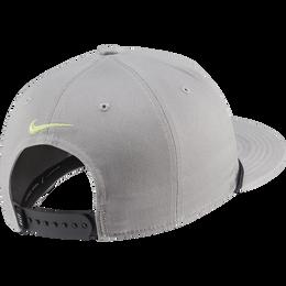 AeroBill True Retro72 Golf Hat
