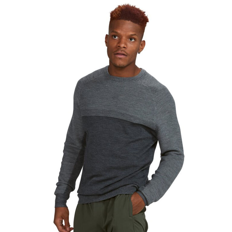 Under Armour Tips Crew Paneled Sweater